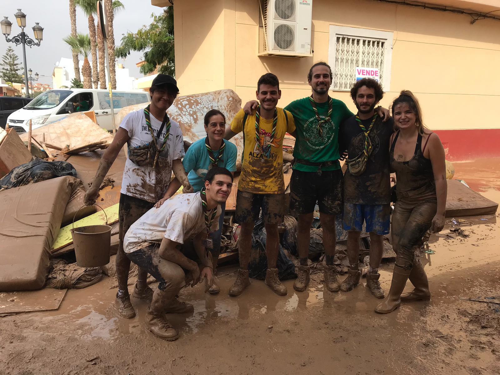 Voluntarios en Los Alcáceres
